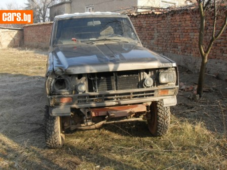 Nissan Patrol 3300 photo