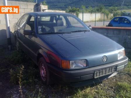 VW Passat 1.8 i photo