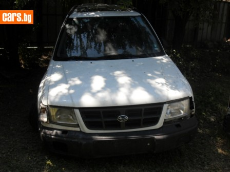 Subaru Forester 2000 photo