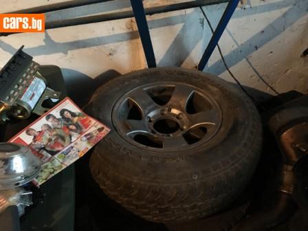 1 брои 120 лева гума с джанта photo