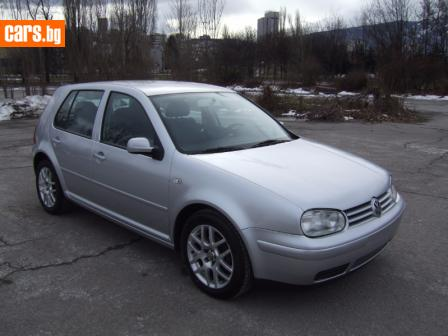 VW Golf 1,6 105kc HIGHL photo