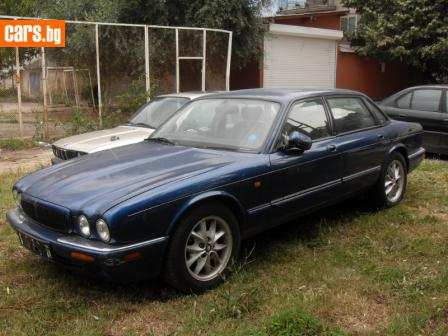 Jaguar XJ8 3200 V8 photo