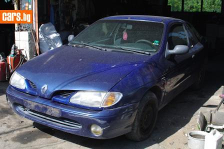 Renault Megane 1,6 i Coach photo