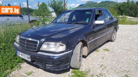 Mercedes-Benz C 220 2.2 diesel photo