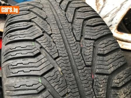 2броя зимни гуми на 90 % photo