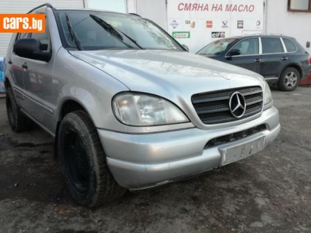Mercedes-Benz ML 430 4.3I V8 113.942 photo
