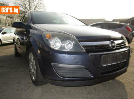 Opel Astra 1.9 CDTI photo