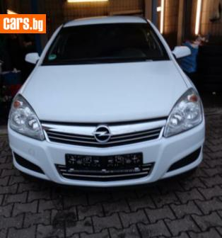 Opel Astra 1,7 CDTI photo