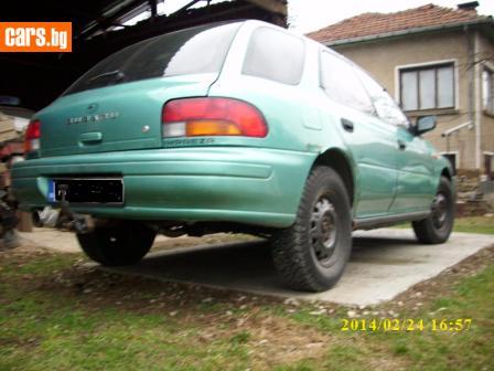 Subaru Impreza 2.2 photo
