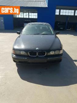 BMW 520 E39 528i. photo