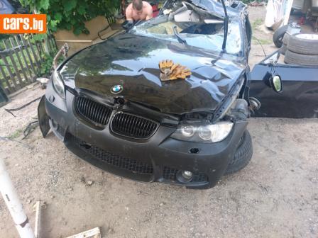 BMW 335 3.0i photo