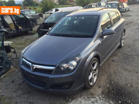 Opel Astra 1,9 CDTI SRI photo