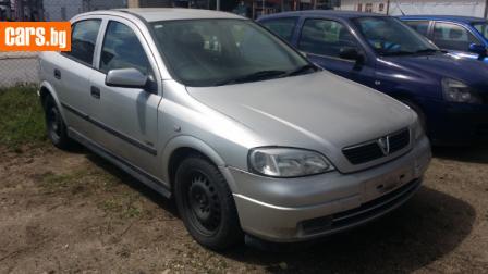 Opel Astra 1.8 I photo