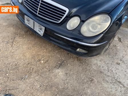 Mercedes-Benz E 270 2.7 photo