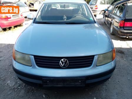 VW Passat 1.6 101ks photo